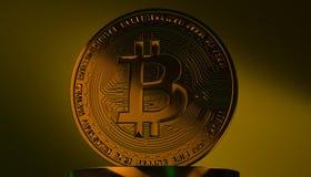 Gouden Bitcoins, nieuw virtueel geld op diverse digitale 3D achtergrond, geeft terug Royalty-vrije Stock Fotografie