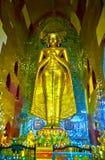 Gouden Boedha in Ananda-heiligdom, Bagan, Myanmar Royalty-vrije Stock Foto's