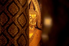 Gouden Boedha Boedha Chinnarat in tempel phitsanulok, Thailand royalty-vrije stock afbeeldingen