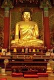 Gouden Boedha in tempel Jogyesa (Seoel) Royalty-vrije Stock Foto's