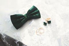 Gouden bruiloft twee belt achtergrondconcept Royalty-vrije Stock Fotografie