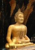 Gouden Budda royalty-vrije stock afbeeldingen