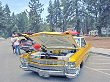 Gouden Cadillac Royalty-vrije Stock Foto's
