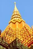 Gouden dak dat als pagode van pra-Baronet paviljoen Stock Foto's