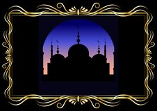 Gouden decoratieve kader en silhouetmoskee bij in de avond of vóór dageraad stock illustratie