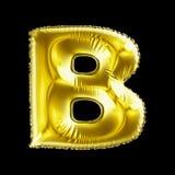 Gouden die brief B van opblaasbare die ballon wordt gemaakt op zwarte achtergrond wordt geïsoleerd Royalty-vrije Stock Foto's