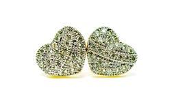 Gouden die de oorringsjuwelen van de tegenhangerkamee in hartvorm op wh wordt geïsoleerd Royalty-vrije Stock Afbeeldingen