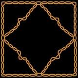 Gouden die diamant in een gouden kader met een ornament wordt geweven Royalty-vrije Stock Foto's