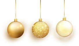Gouden die Kerstboomstuk speelgoed reeks op witte achtergrond wordt geïsoleerd De decoratie van kouskerstmis Vectorvoorwerp voor  royalty-vrije illustratie