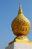 Gouden dienblad met voetstuk Stock Afbeelding
