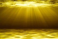 Gouden diepe water abstracte natuurlijke achtergrond Royalty-vrije Stock Foto's