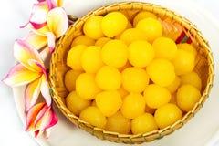 Gouden eierdooiersdalingen Stock Afbeeldingen
