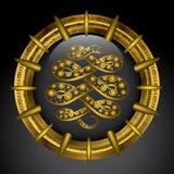 Gouden embleem met anaconda Stock Foto's