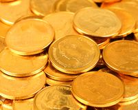 Gouden en zilveren kleuren Thais muntstuk Het geld is Baht of badmunt Stock Foto's