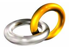 Gouden en zilveren ringen in ketting Stock Afbeeldingen