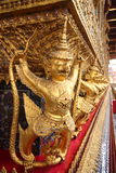 Gouden Garuda Stock Afbeeldingen