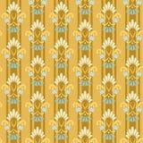 Gouden gestreept naadloos patroon met korenbloemen Stock Foto