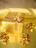 Gouden giftdoos Royalty-vrije Stock Foto