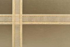 Gouden giftdoos Royalty-vrije Stock Afbeeldingen