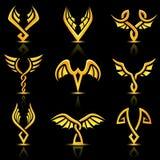Gouden glanzende abstracte vleugels stock illustratie