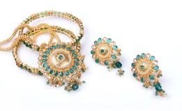 Gouden Halsband met Oorringen royalty-vrije stock foto