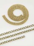 Gouden halsbanden en armbanden Royalty-vrije Stock Foto's