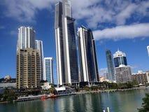 Gouden highrise van kustaustralië lange gebouwen royalty-vrije stock fotografie