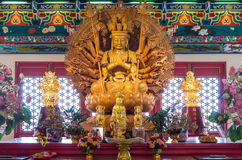 Gouden Houten Standbeeld van Guan Yin Royalty-vrije Stock Fotografie