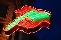 Gouden Jongenspizza stock foto's