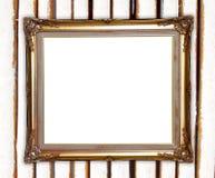 Gouden kader op de kleurrijke achtergrond van de bamboemuur Stock Foto's