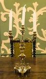 Gouden kandelaar met kaarsen Royalty-vrije Stock Afbeeldingen