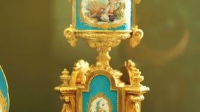 Gouden kandelaar wijnoogst kondelyabr Art stock videobeelden