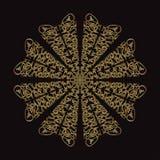 Gouden kantpatroon op een zwarte achtergrond Royalty-vrije Stock Foto's