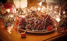 Gouden Kerstmisachtergrond Stock Foto's