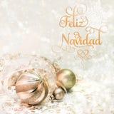 Gouden Kerstmisdecoratie op de winterachtergrond Royalty-vrije Stock Foto