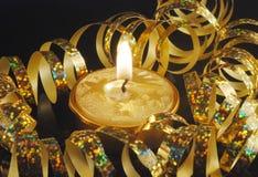 Gouden Kerstmiskaars Stock Afbeeldingen