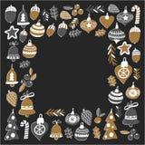 Gouden Kerstmispatroon met Geïsoleerde Kerstmisklokken, sneeuwvlokken, Vrolijke Kerstmis van de suikergoedhulst heel en Gelukkig  stock illustratie