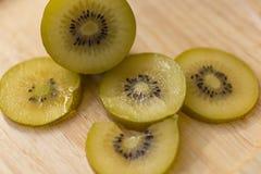 Gouden Kiwi, Fruit voor healty of dieetmensen Royalty-vrije Stock Fotografie