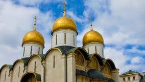 Gouden Koepels van het Kremlin in Rusland Stock Afbeelding