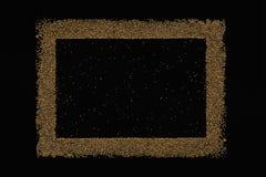 Gouden leeg kader op een zwarte achtergrond Royalty-vrije Stock Afbeeldingen