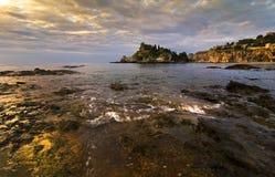 Gouden licht op het eiland Stock Afbeelding