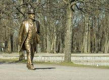 Gouden mensenstandbeeld in Tallinn Royalty-vrije Stock Fotografie
