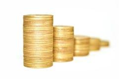 Gouden Muntstukken op witte achtergrond Macro Royalty-vrije Stock Fotografie