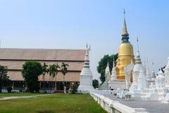 Gouden pagode in tempel van wat de suan dok, chiang MAI Stock Fotografie