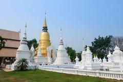 Gouden pagode in tempel van wat de suan dok, chiang MAI Royalty-vrije Stock Afbeeldingen