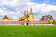 Gouden Pagode, Wat Phra Kaew, Bangkok, Thailand. Stock Afbeeldingen