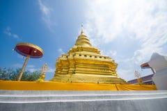Gouden Pagode, Wat Phra That Sri Jom-Leren riem (de Koninklijke Tempel) Royalty-vrije Stock Afbeelding