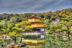 Gouden paviljoen Royalty-vrije Stock Afbeelding