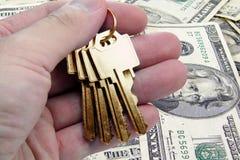 Gouden sleutel tot succes, ons dollar Stock Foto's