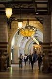 Gouden Souq-ingang in de Wandelgalerij van Doubai in Doubai Van de binnenstad royalty-vrije stock foto's